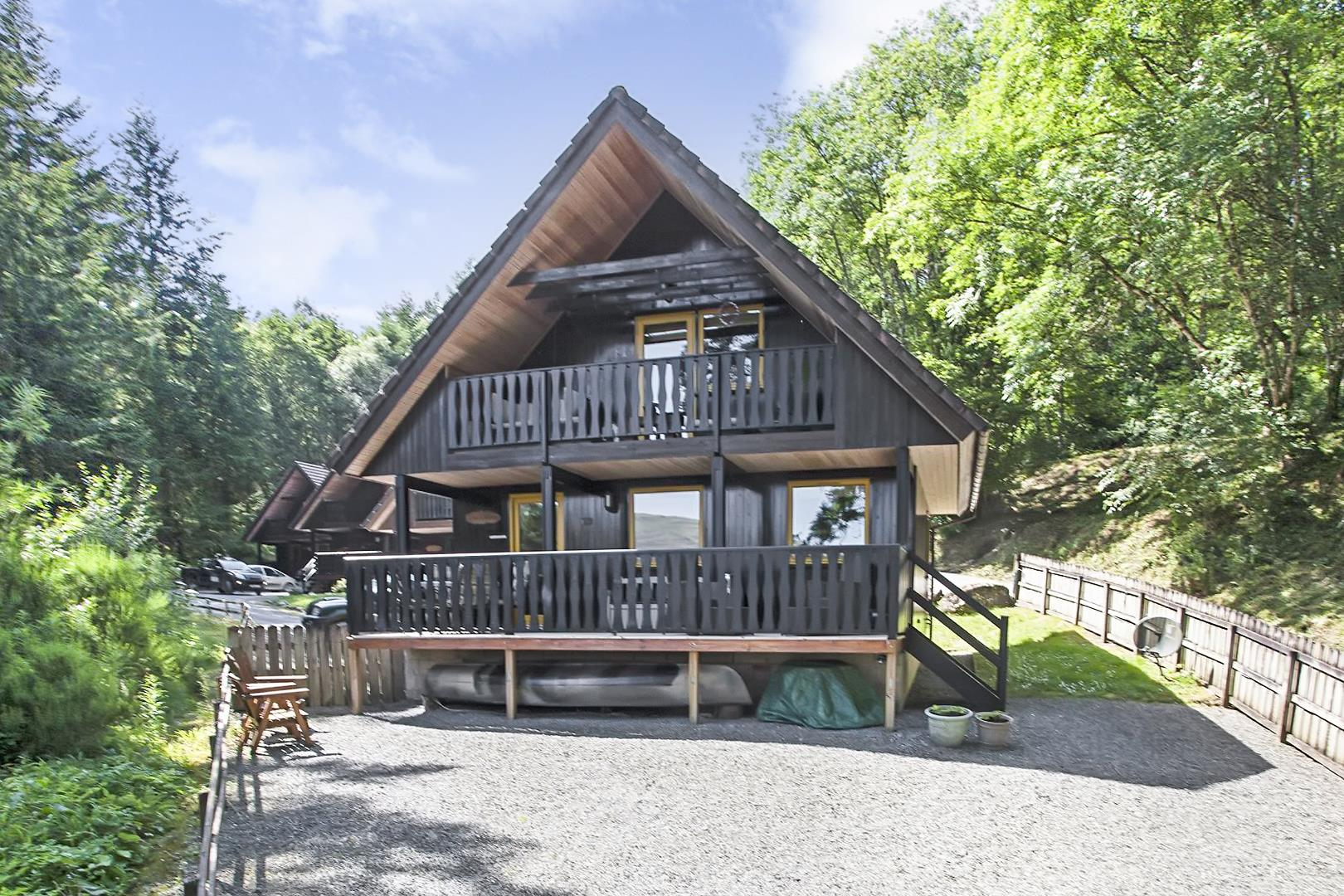 The Viking, Loch Tay Highland Lodges, Killin, Perthshire, FK21 8TY, UK